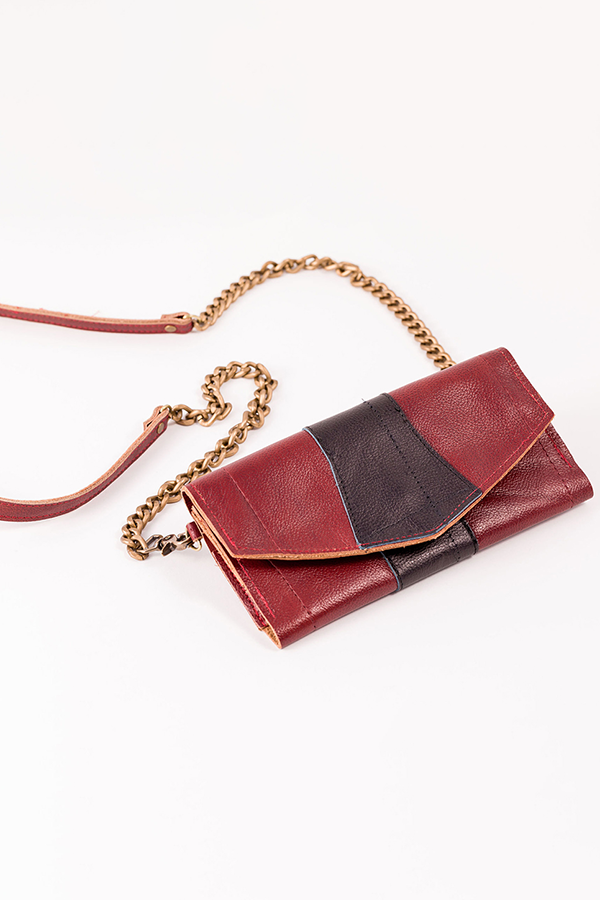 crossbody wallet red